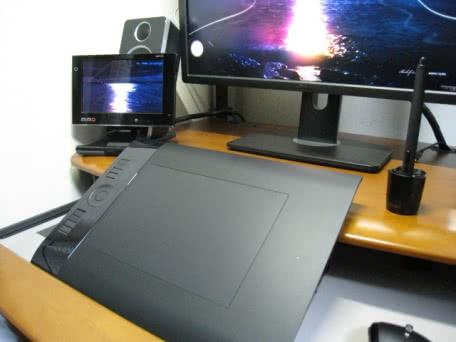ワイヤレスペンタブレットのWacom Intuos4 Wireless PTK-540WLを買ってみた!