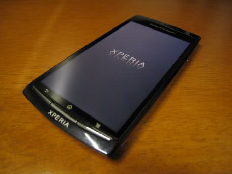 SONYのXperia arc(SO-01C)にAndroid 4.0を導入する方法!