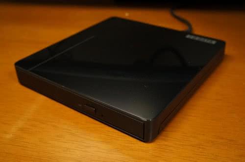 IO DATA BDXL対応ポータブルブルーレイドライブ BRP-UA6CKを買ってみた!