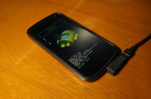 Google Nexus4をAndroid 4.4.4でroot化する方法!
